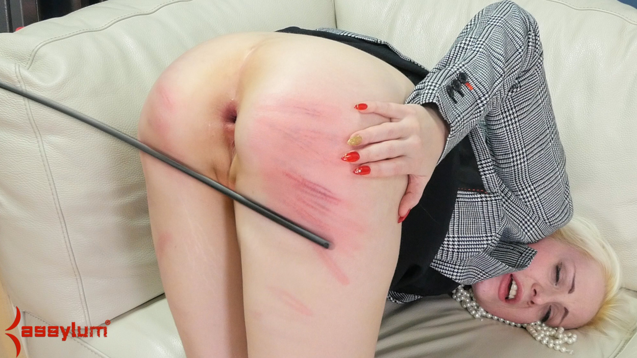 Download free Assfuck therapy of dr..