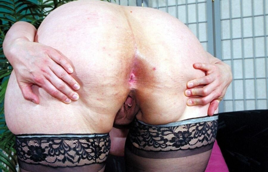 A TIMELESS CLASSIC.GRANNY WITH Thick..