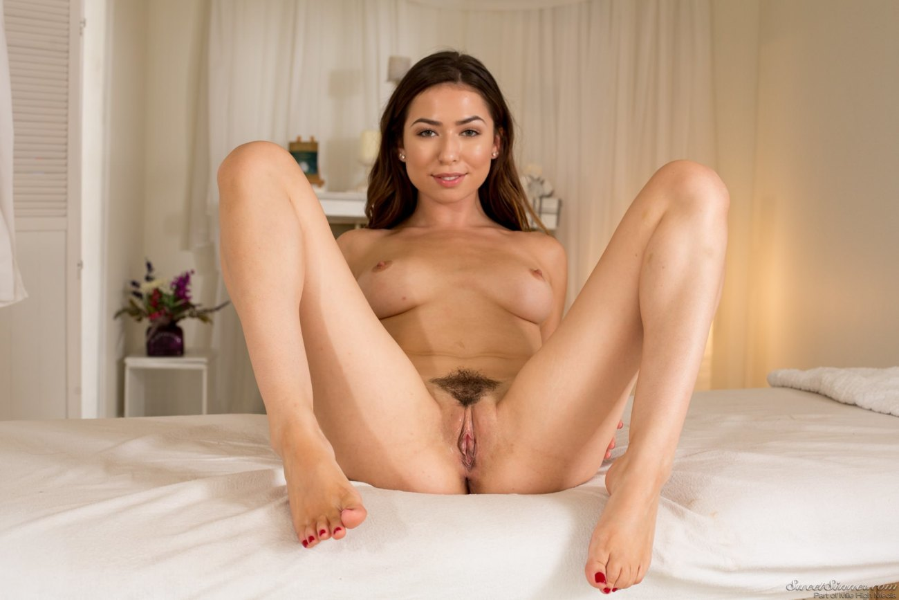 Melissa Moore in Steamy Wifeaposs Glad..