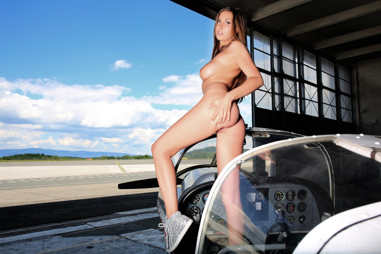 Connie Carter by Watch4beauty - Bare..