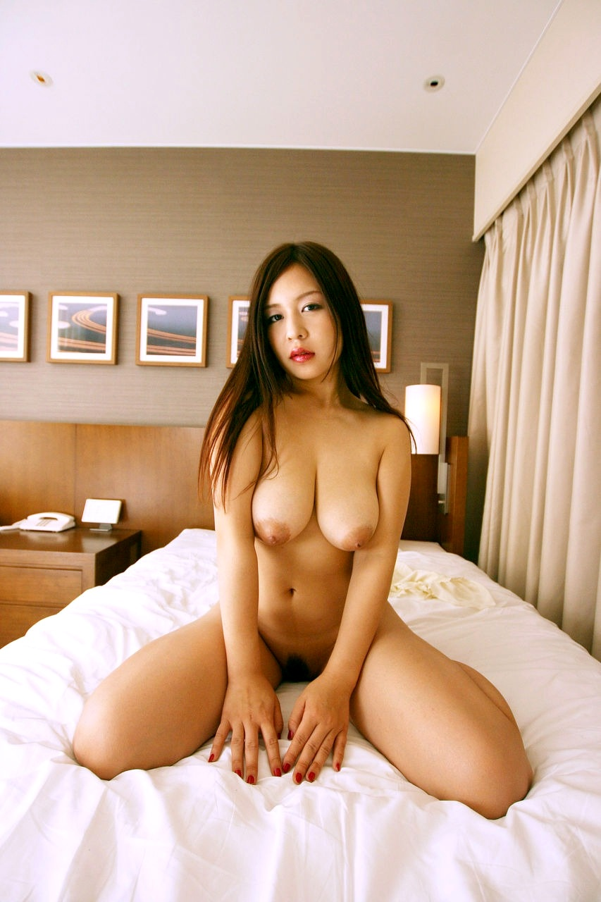 Big-chested Japanese, Chinese..