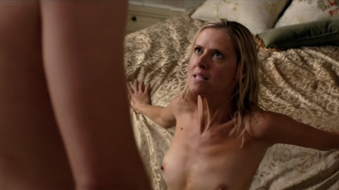 Kelly Deadmon naked utter frontal and..